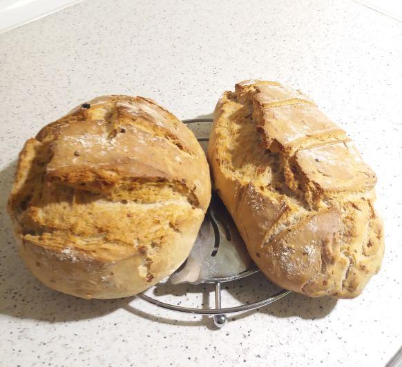 Pan rápido con nueces y pasas
